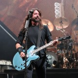 Dave Grohl Lets 5-Year-Old Foo Fighters Fan Rock Out on Stage During Show