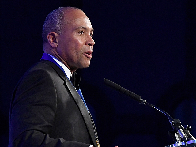 Former Massachusetts Gov. Deval Patrick Mulling White House Run