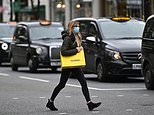 Thousands of black cab drivers plan to sue Uber for damages worth millions