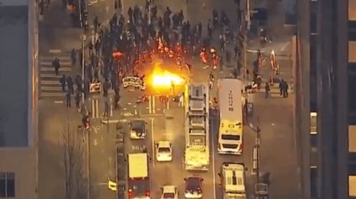 WATCH: Antifa Blocks Streets, Sets Fire in Seattle Inauguration Day Protest